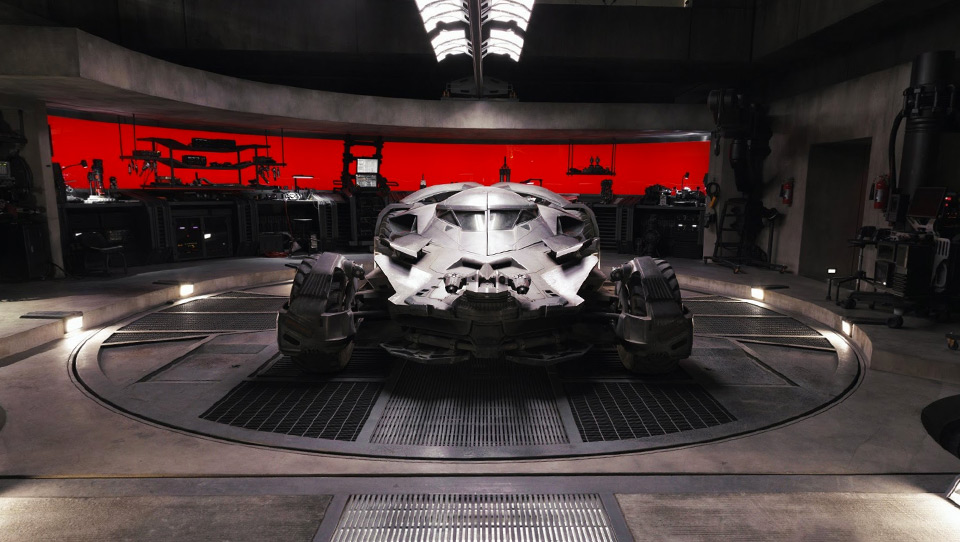 Broadcast_Batmobile_thumb_001
